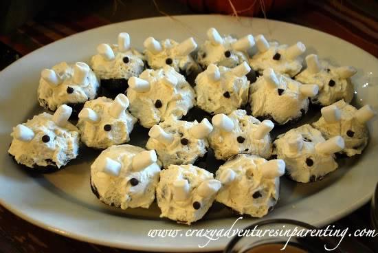 Halloween Spooky Alien Cupcakes