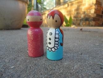 paint your own peg dolls