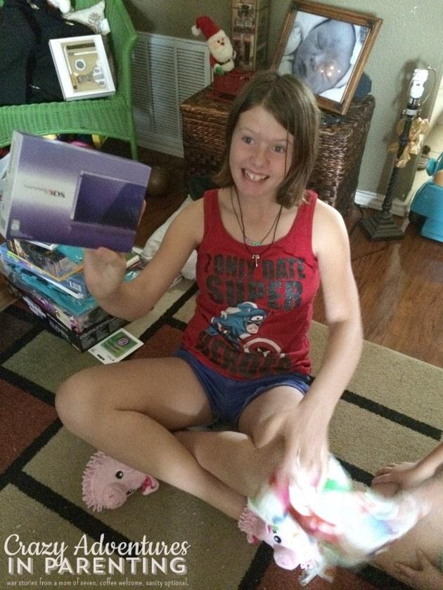 she got a purple 3DS!