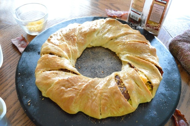 Bacon Egg and Cheese Breakfast Ring seasoned