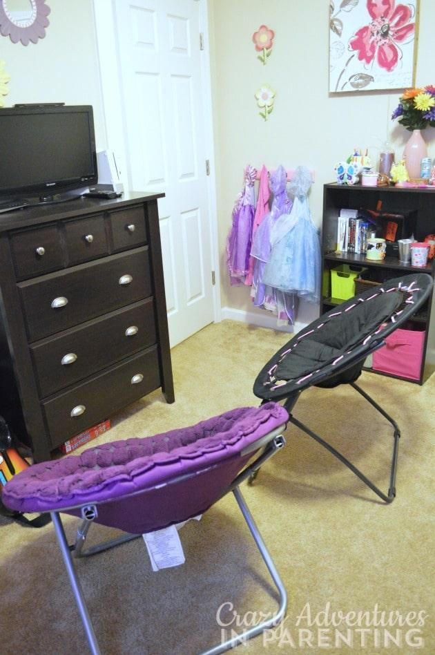 girls' chairs