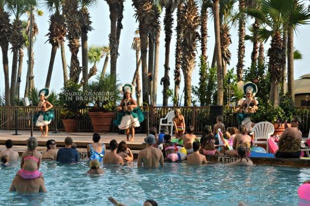 poolside entertainment