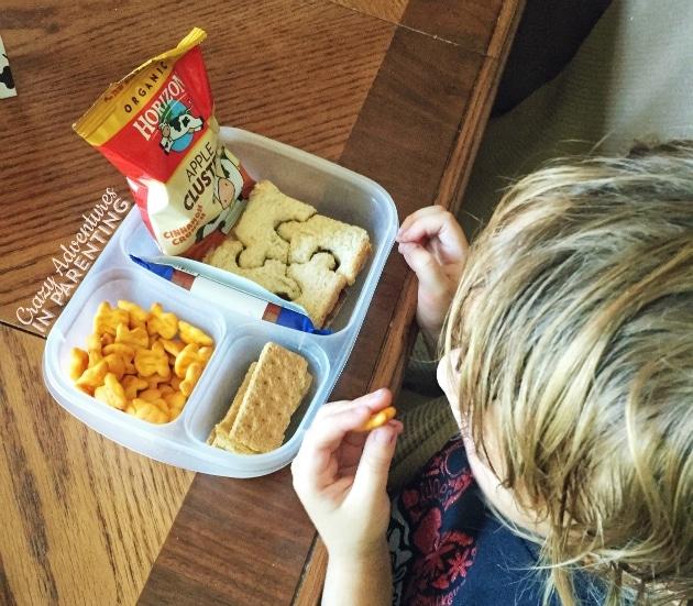Yummy Horizon Organic snacks with lunch