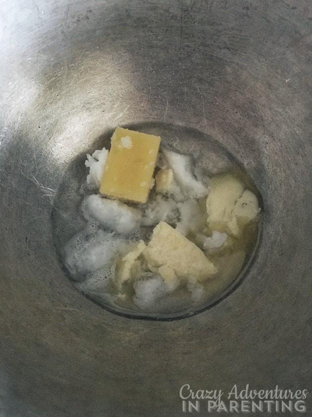 homemade lip balm ingredients melting