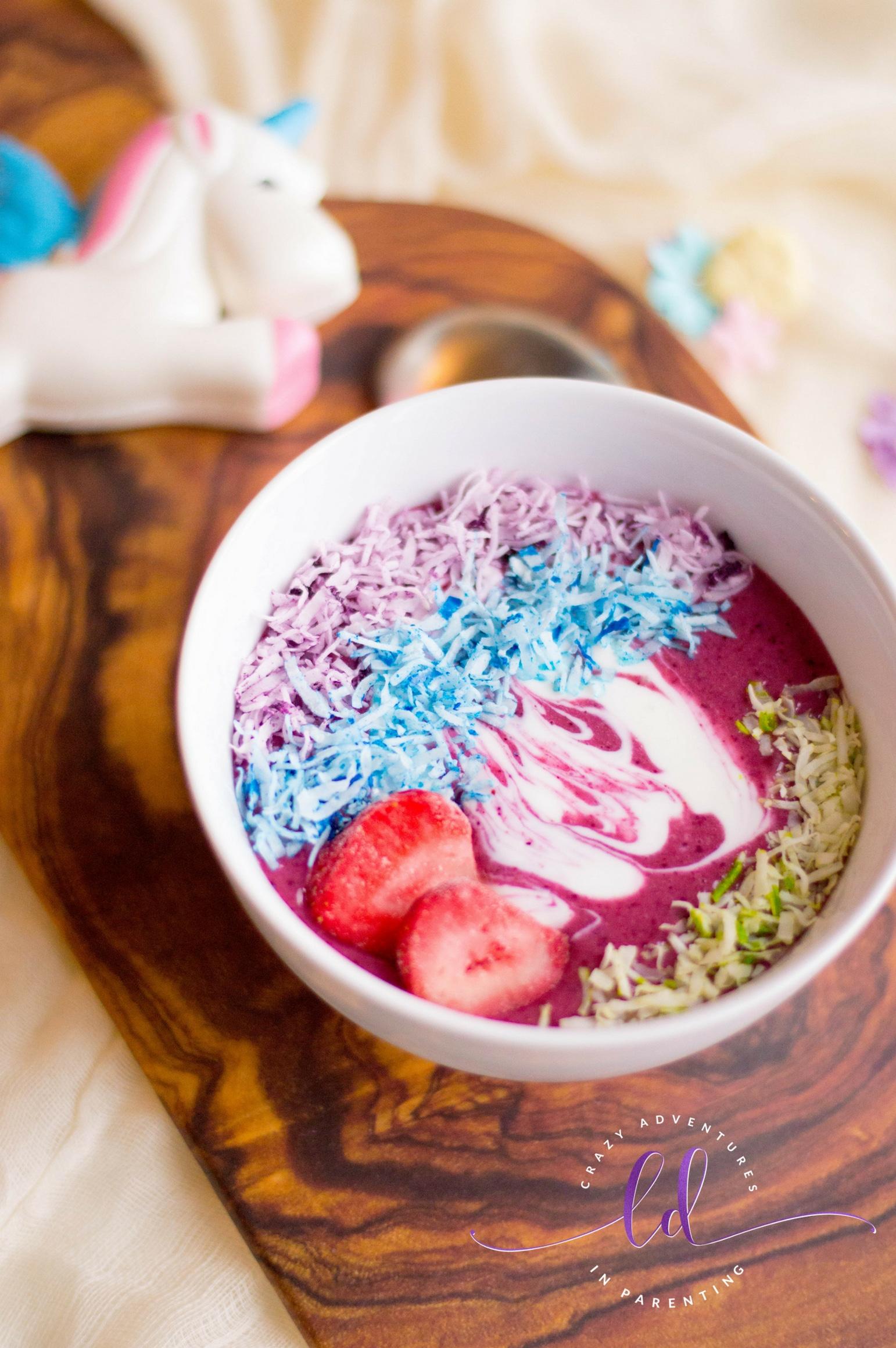 Easy unicorn smoothie bowls