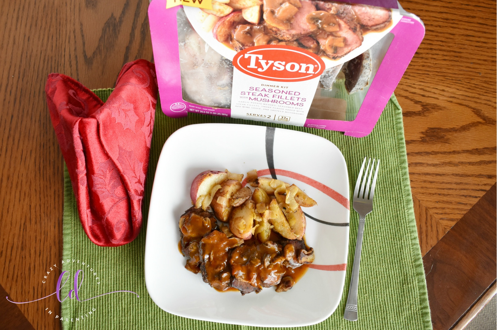 Tyson Fully Cooked Dinner and Entrée Kit - Seasoned Steak Fillet & Mushrooms ready to eat