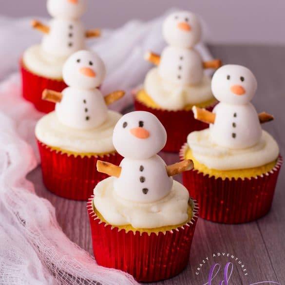 Easy Snowman Cupcakes Recipe