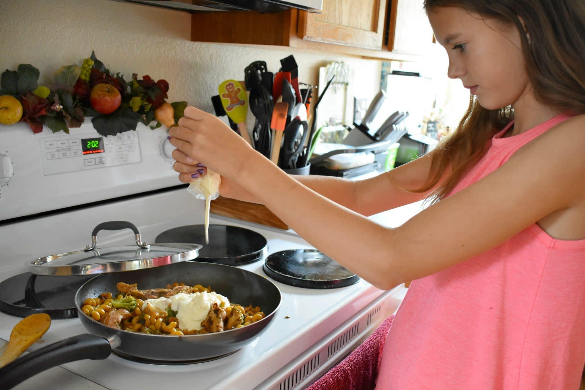 Preparing Tyson Frozen Dinner Kit - Four Cheese Chicken & Broccoli Pasta