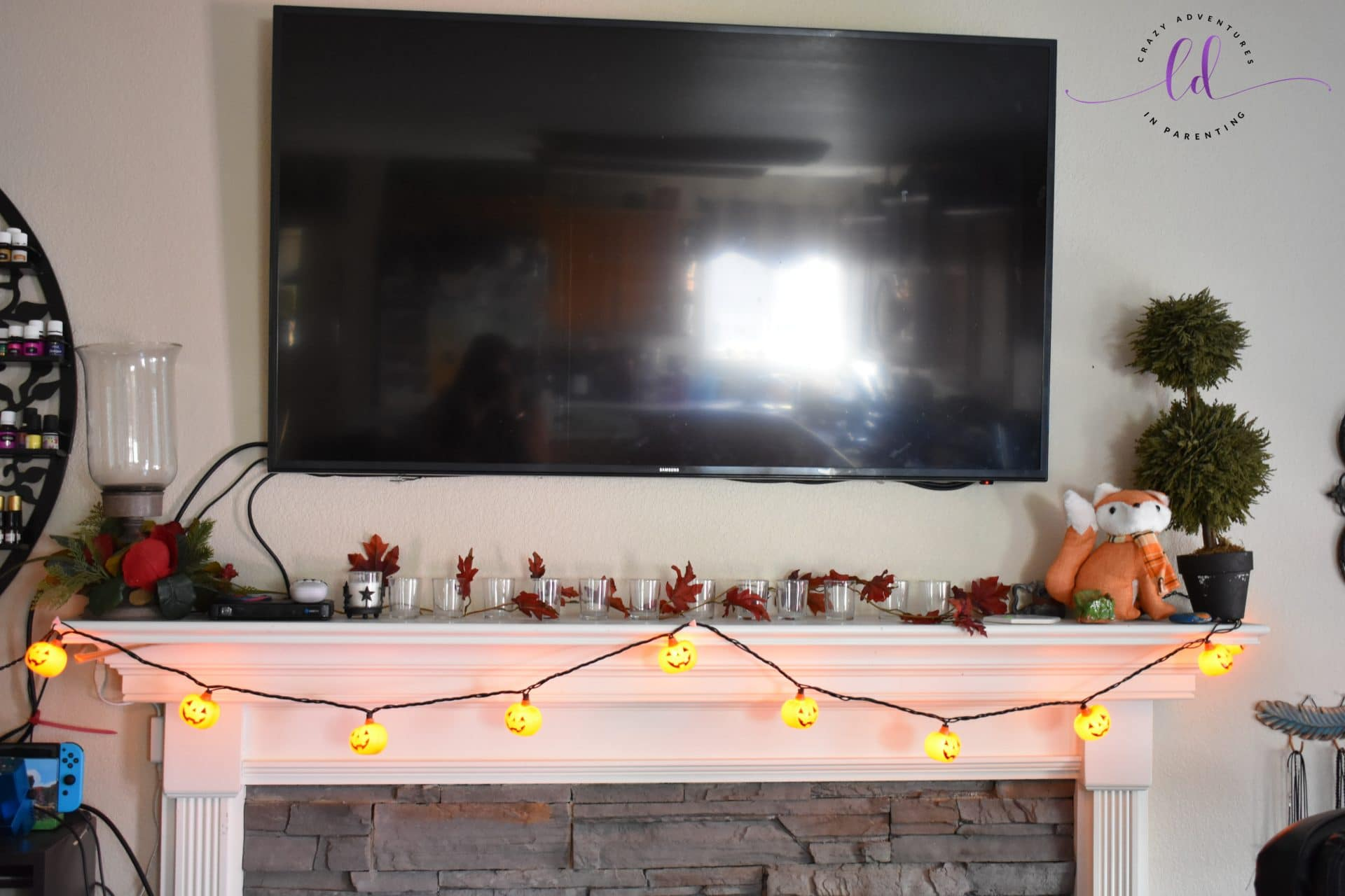 Fireplace Mantle Halloween and Fall Decor