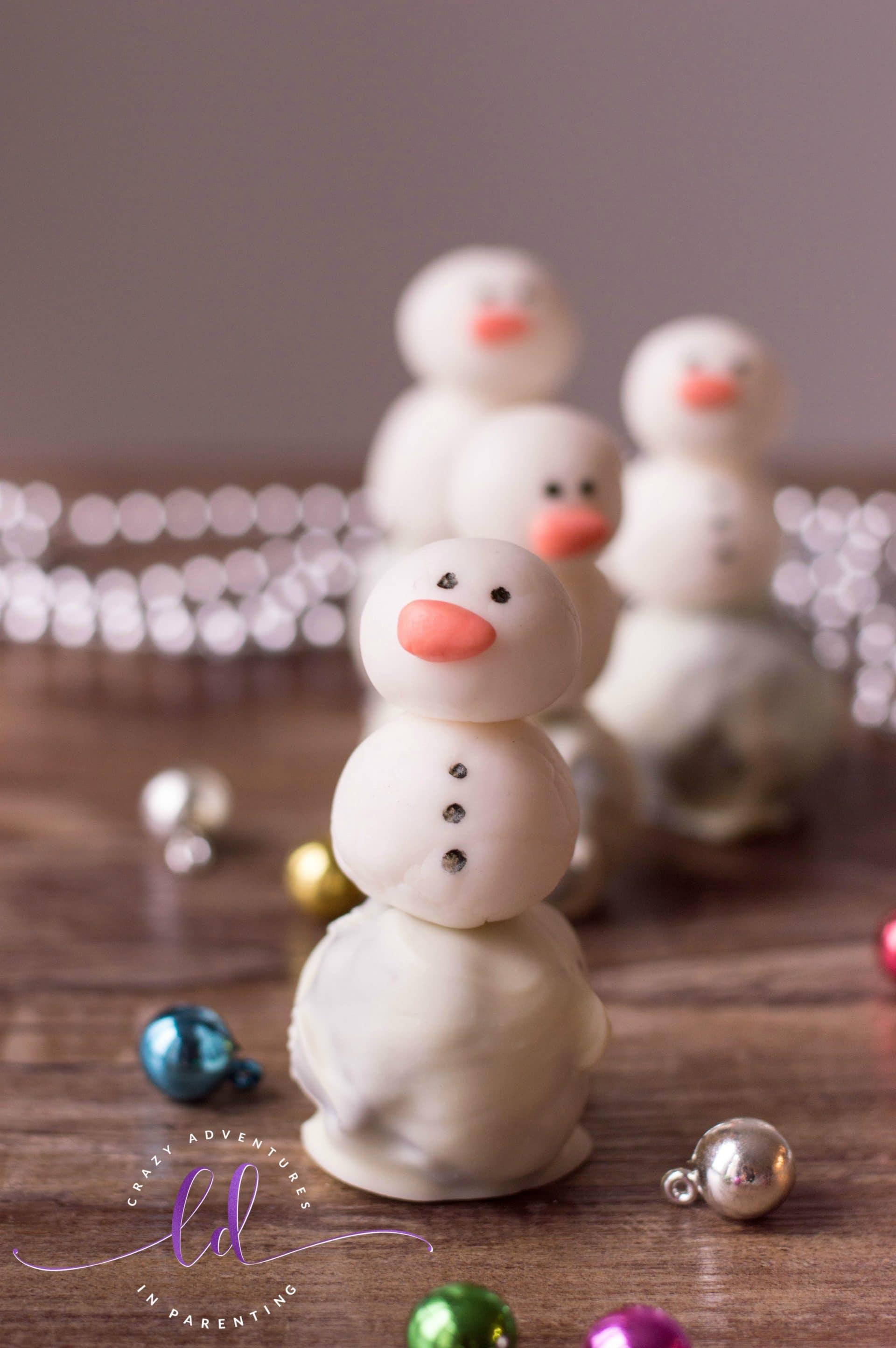 Snowman Oreo Truffles for Christmas