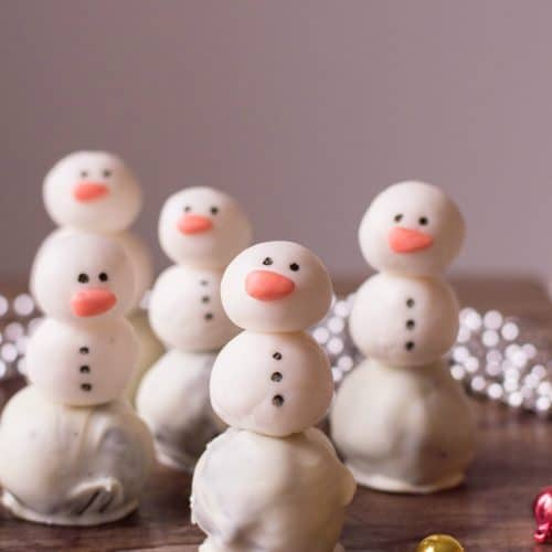 Snowman Oreo Truffles for Holidays