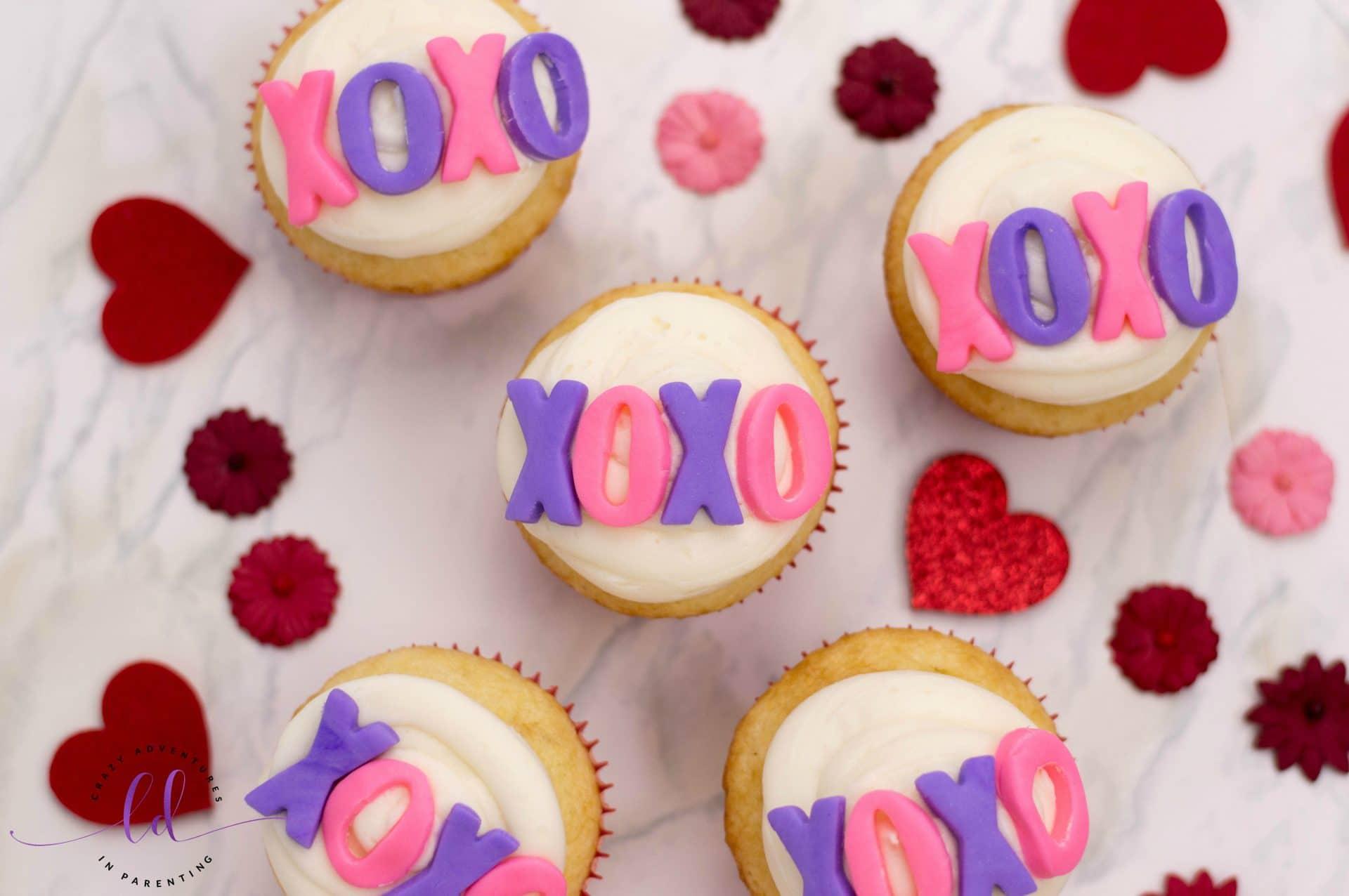 Fun XOXO Valentine's Cupcakes