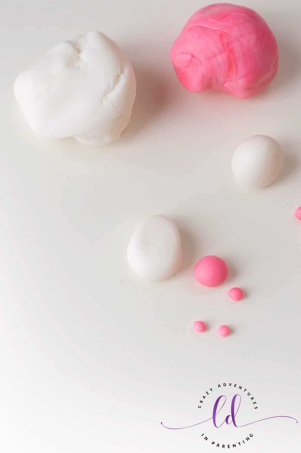 Fondant for Bunny Butt Cookies