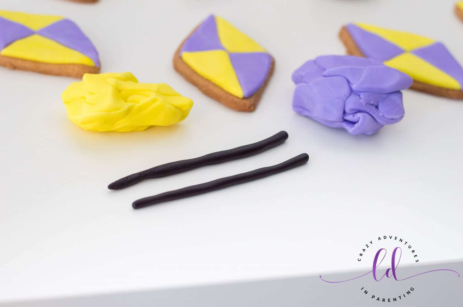 Roll out Fondant for Kite Sugar Cookies