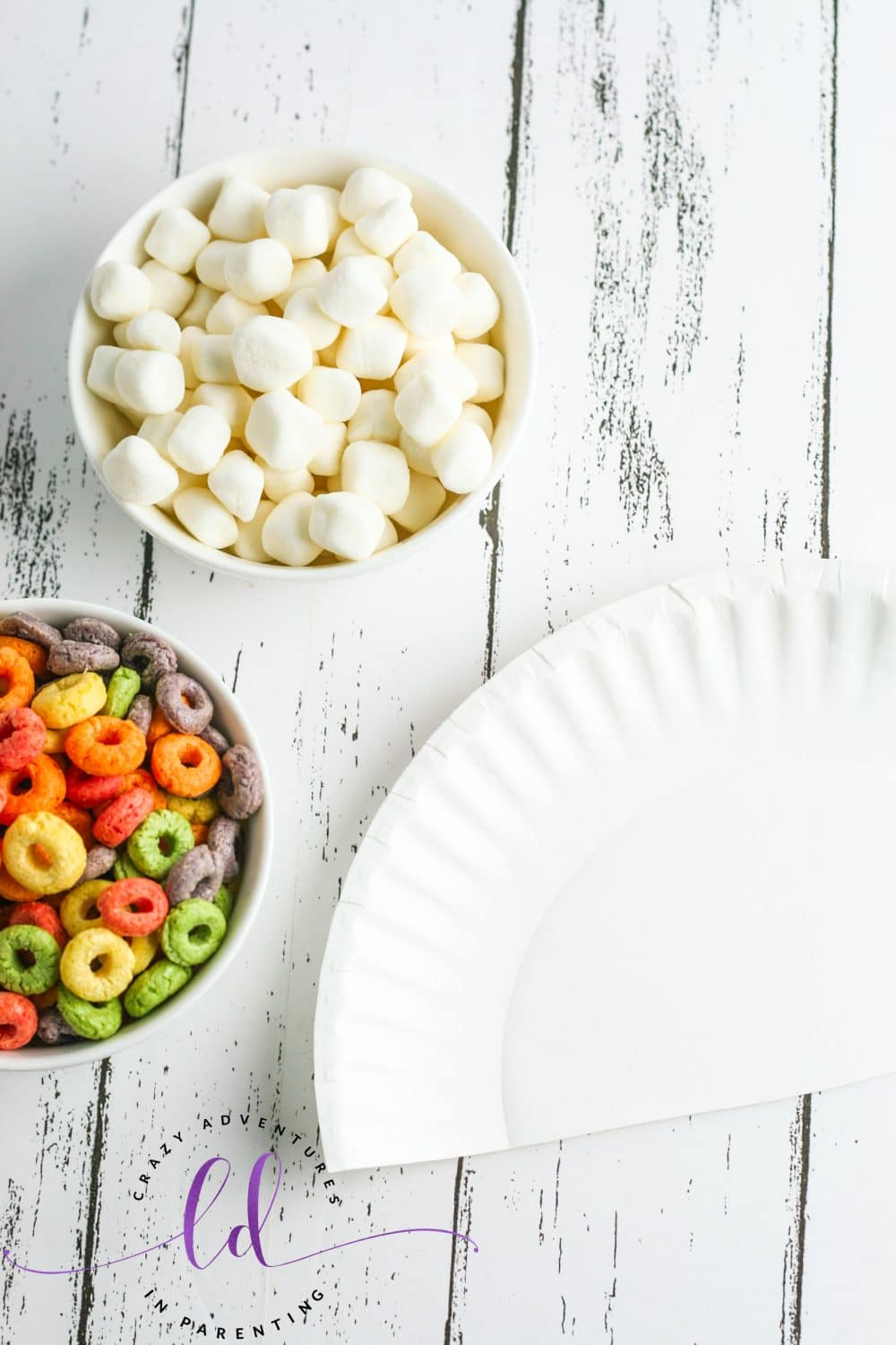 Cut the Plate for Cereal Rainbow Craft