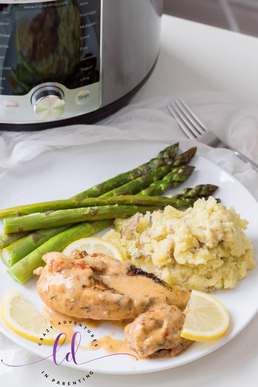 Delicious Instant Pot Lemon Butter Chicken Recipe
