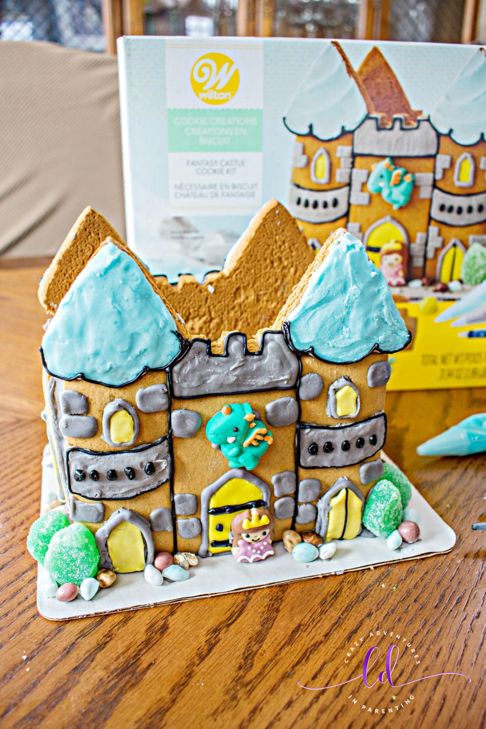 Wilton Cookie Creations Fantasy Castle Cookie Kit decorated