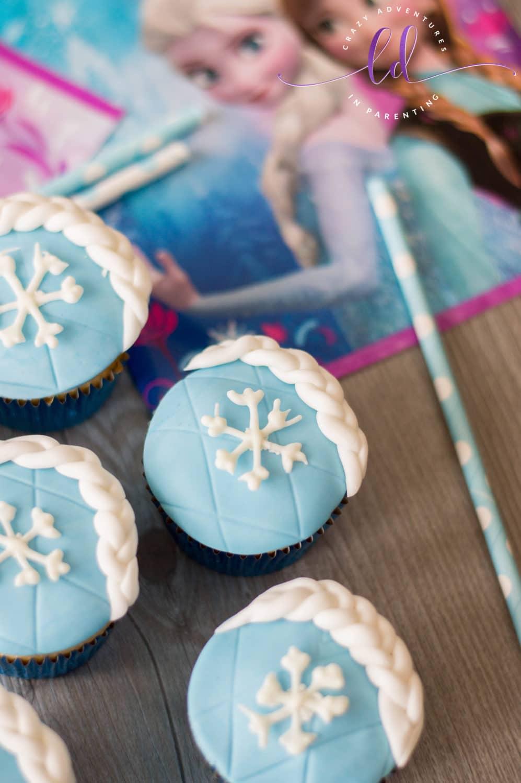 Elsa Frozen Cupcakes for Frozen 2