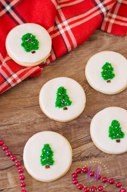 Simple Christmas Tree Cookies