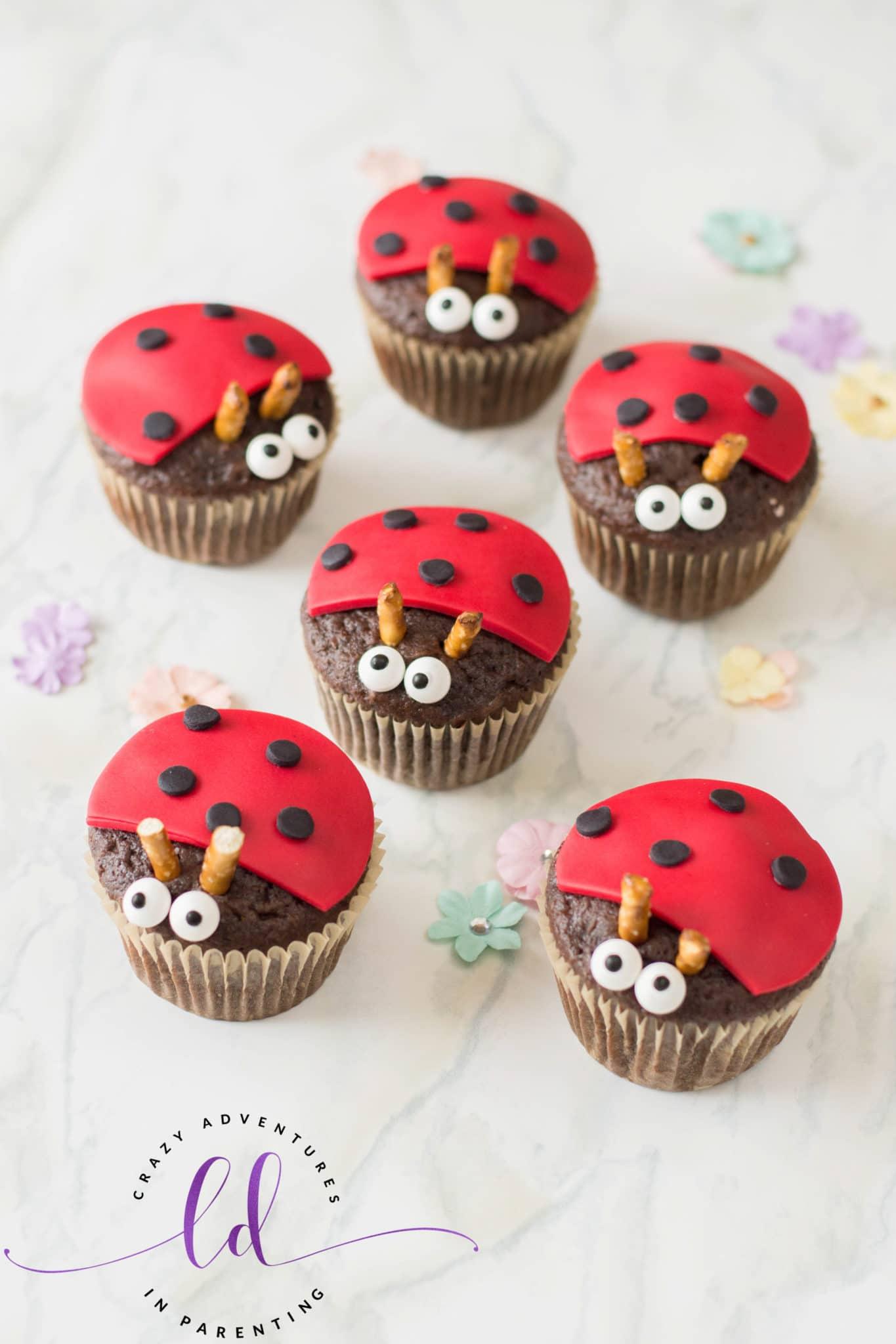 Easy Ladybug Lovebug Cupcakes