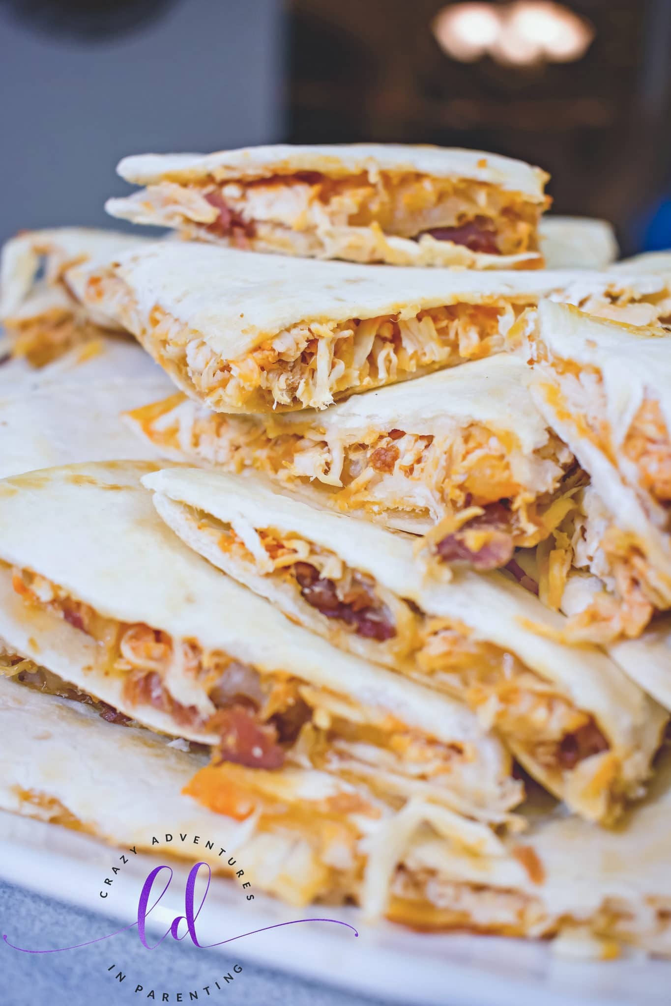Buffalo Chicken Bacon Ranch Quesadillas to Eat