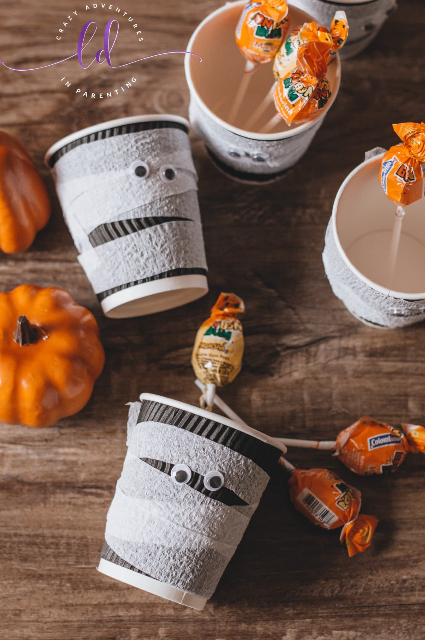 DIY Mummy Treat Cups for Halloween Candy