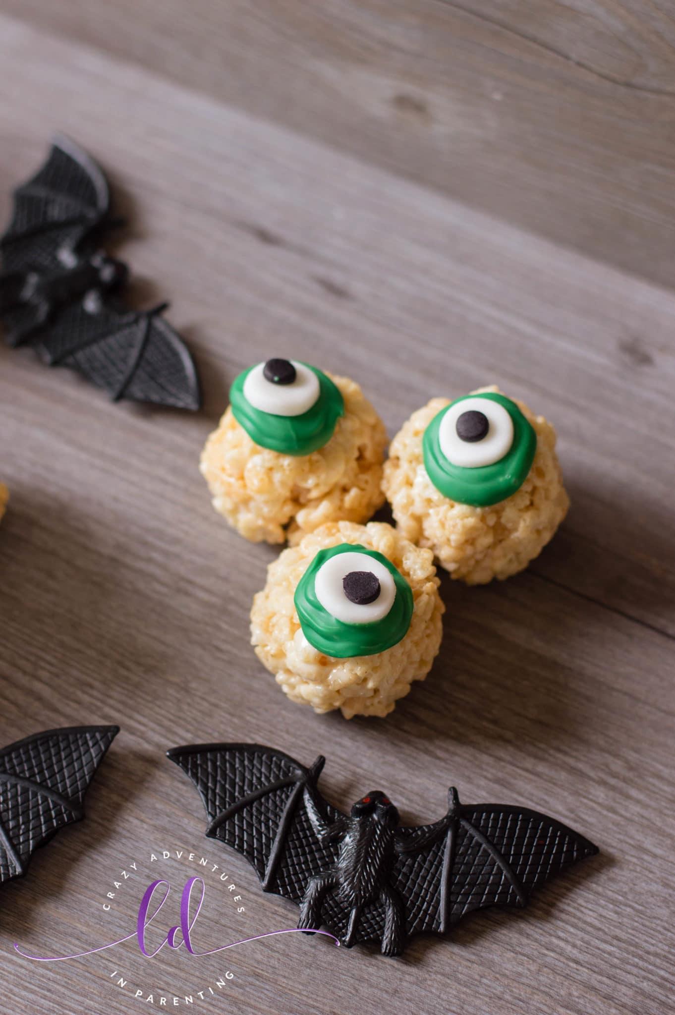 Easy Halloween Eyeballs Rice Krispies Treats