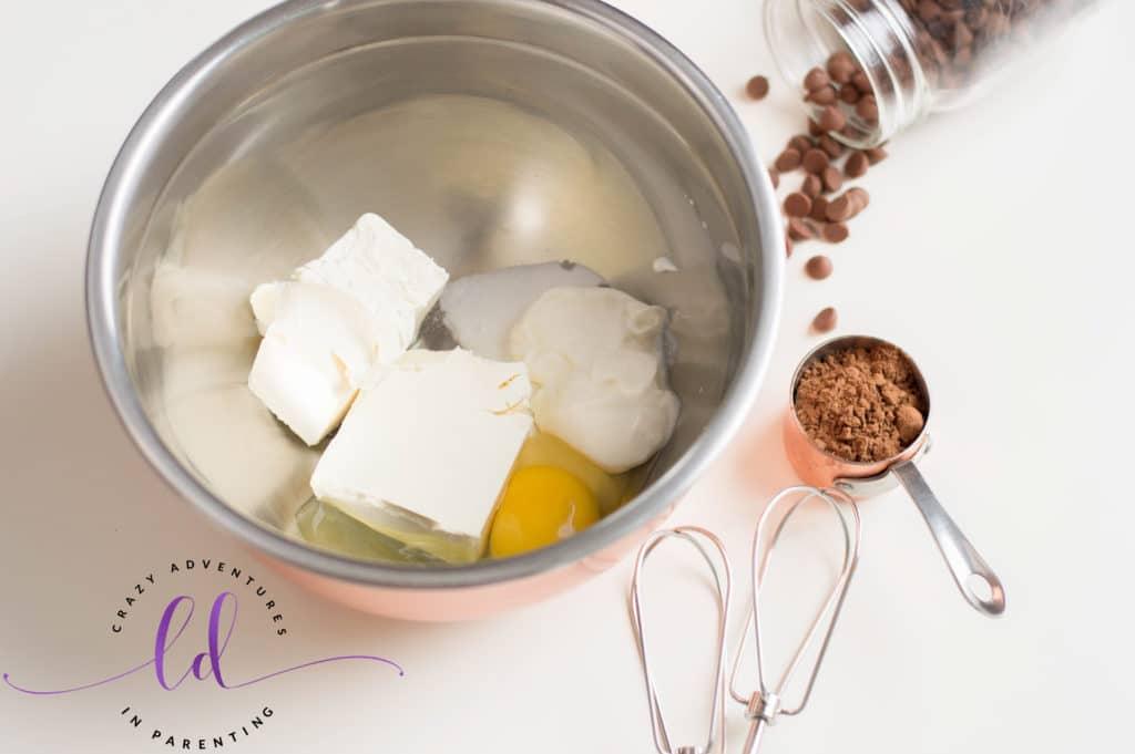 Prepare to Make S'mores Mini Cheesecakes